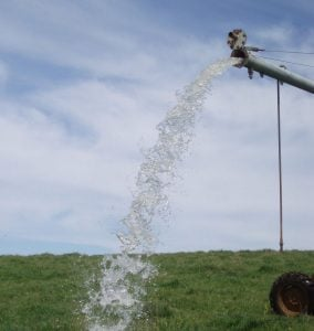 Removing Iron Bacteria from a Centre Pivot Irrigator |